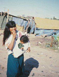 Elendssiedlung Frau + kind H51-2009