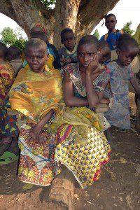 Frauen erzählen ihre Sorgen H61-2012